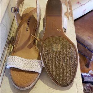 Lucky Brand Cream Espadrilles 9M Wedge Heel